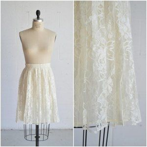 80s white high waisted floral lace skirt